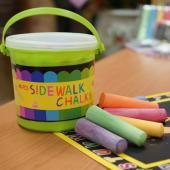 GPPS-15C, GPPS-15C20C, GPPS-24C 大胖粉筆 15,20,24入桶裝 Sidewalk Chalks (bucket)
