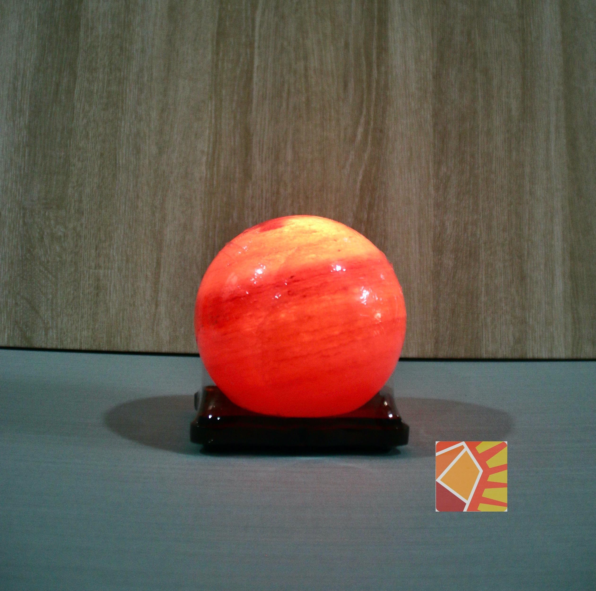<有球必應> 鴿血紅圓型造型鹽燈 (6吋)