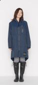 日本KIU 28910 海軍藍 空氣感雨衣/時尚防水風衣 附收納袋(男女適用)